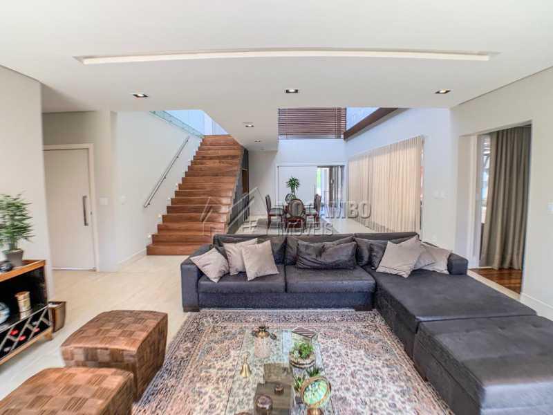 Sala de estar - Casa em Condomínio Ville Chamonix, Itatiba, Ville Chamonix, SP À Venda, 5 Quartos, 692m² - FCCN50034 - 3