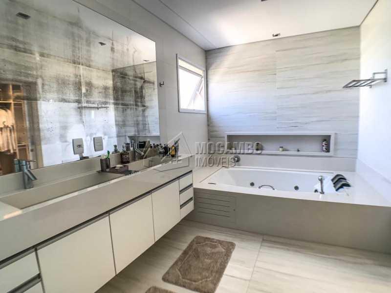 Banheiro da suíte - Casa em Condomínio Ville Chamonix, Itatiba, Ville Chamonix, SP À Venda, 5 Quartos, 692m² - FCCN50034 - 13