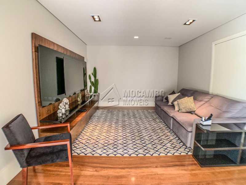 Sala de tv - Casa em Condomínio Ville Chamonix, Itatiba, Ville Chamonix, SP À Venda, 5 Quartos, 692m² - FCCN50034 - 8