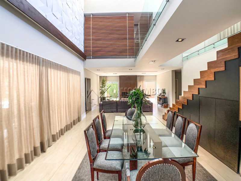 Sala de jantar - Casa em Condomínio Ville Chamonix, Itatiba, Ville Chamonix, SP À Venda, 5 Quartos, 692m² - FCCN50034 - 7