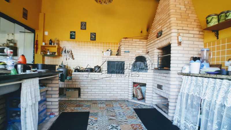 Churrasqueira - Casa em Condomínio Itaembú, Itatiba, Bairro Sítio da Moenda, SP À Venda, 3 Quartos, 280m² - FCCN30421 - 20