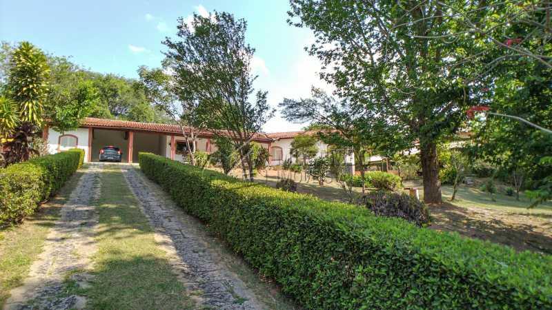 Acesso - Casa em Condomínio Ville Chamonix, Itatiba, Ville Chamonix, SP À Venda, 4 Quartos, 370m² - FCCN40146 - 5