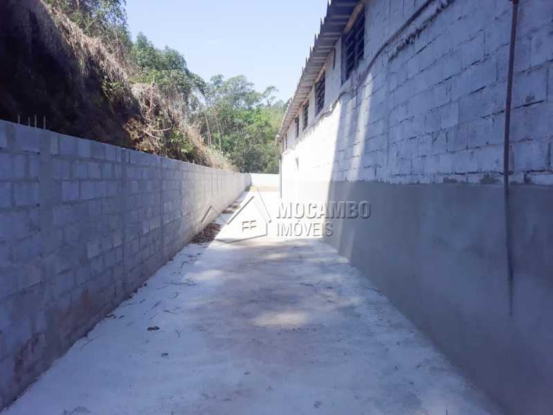 Quintal - Galpão 1000m² Para Alugar Itatiba,SP - R$ 5.600 - FCGA00169 - 9