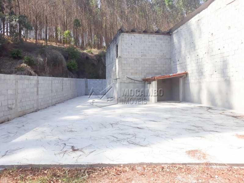 Quintal - Galpão 1000m² Para Alugar Itatiba,SP - R$ 5.600 - FCGA00169 - 10