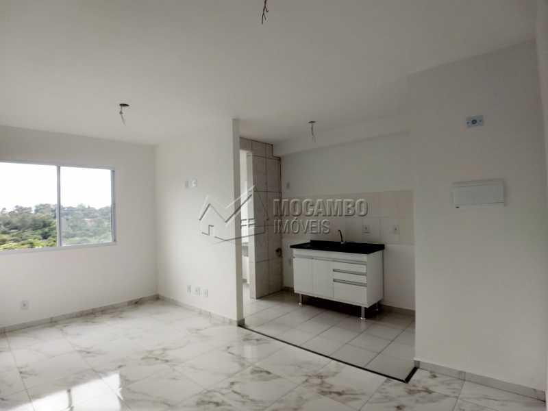 Sala/Cozinha - Apartamento Para Alugar - Itatiba - SP - Loteamento Santo Antônio - FCAP21042 - 1