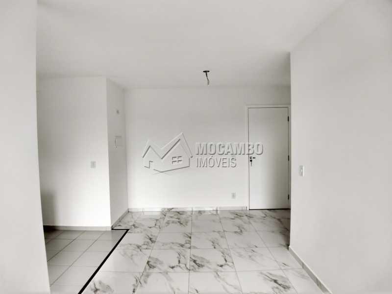 Sala - Apartamento Para Alugar - Itatiba - SP - Loteamento Santo Antônio - FCAP21042 - 4