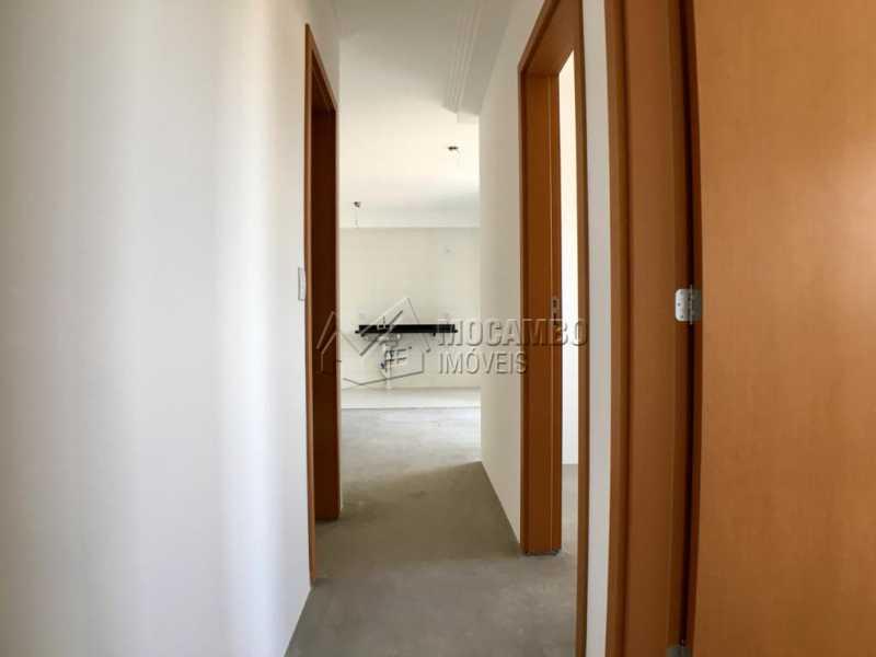 Corredor - Apartamento 3 quartos à venda Itatiba,SP - R$ 440.000 - FCAP30535 - 12