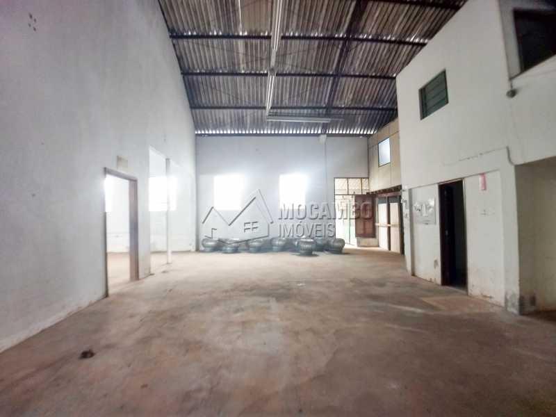 Área Interna - Galpão 717m² para alugar Itatiba,SP - R$ 8.000 - FCGA00170 - 3