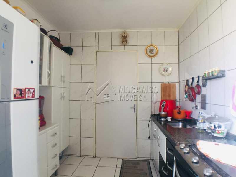 Cozinha  - Apartamento À Venda - Itatiba - SP - Loteamento Rei de Ouro - FCAP21054 - 4