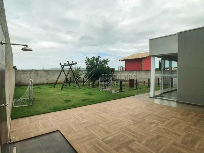 Área Externa - Casa em Condomínio Sete Lagos, Rodovia Dom Pedro I,Itatiba, Bairro Sítio da Moenda, SP À Venda, 3 Quartos, 285m² - FCCN30441 - 21