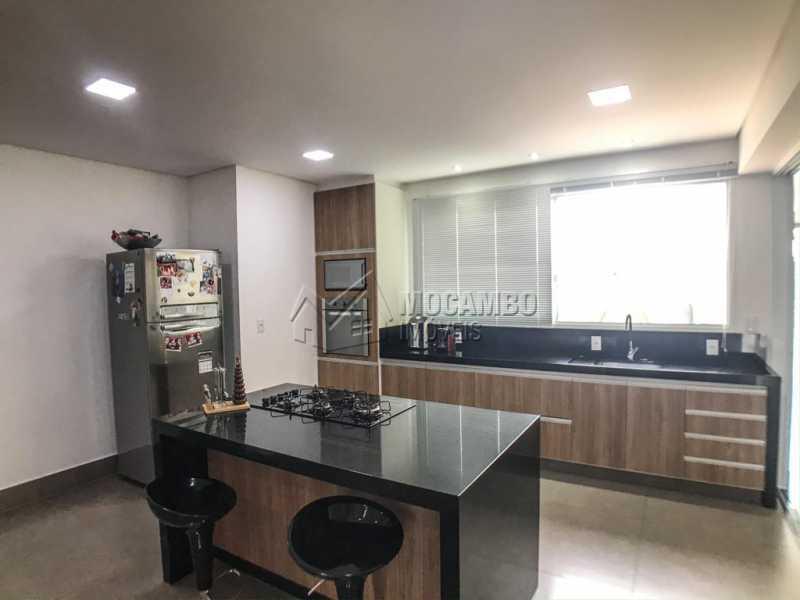 Cozinha - Casa em Condomínio Sete Lagos, Rodovia Dom Pedro I,Itatiba, Bairro Sítio da Moenda, SP À Venda, 3 Quartos, 285m² - FCCN30441 - 4