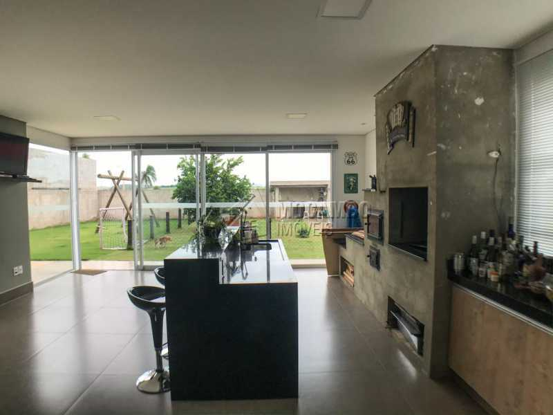 Área Gourmet - Casa em Condomínio Sete Lagos, Rodovia Dom Pedro I,Itatiba, Bairro Sítio da Moenda, SP À Venda, 3 Quartos, 285m² - FCCN30441 - 8