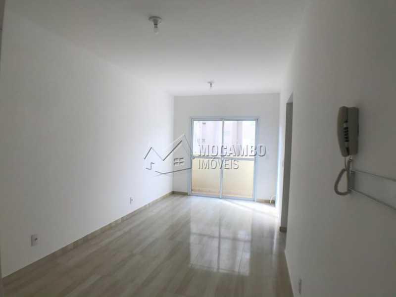 Sala - Apartamento 2 Quartos À Venda Itatiba,SP - R$ 181.000 - FCAP21061 - 1