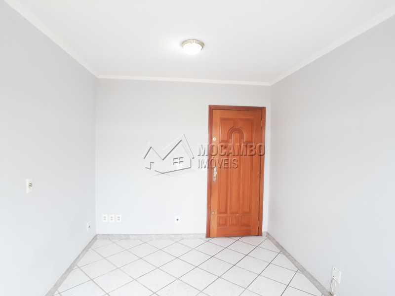 Sala de estar - Apartamento Residencial Beija-Flor - Condomínio A , Itatiba, Residencial Beija Flor, SP Para Alugar, 2 Quartos, 55m² - FCAP21066 - 5