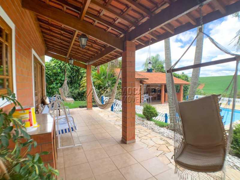 Varanda - Casa em Condomínio 5 Quartos À Venda Itatiba,SP - R$ 798.000 - FCCN50038 - 9
