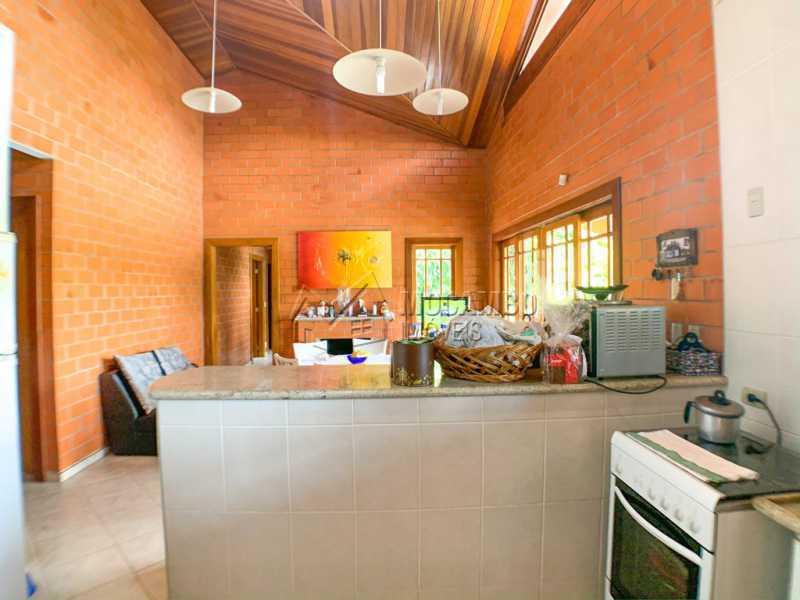 Cozinha Americana - Casa em Condomínio 5 Quartos À Venda Itatiba,SP - R$ 798.000 - FCCN50038 - 6