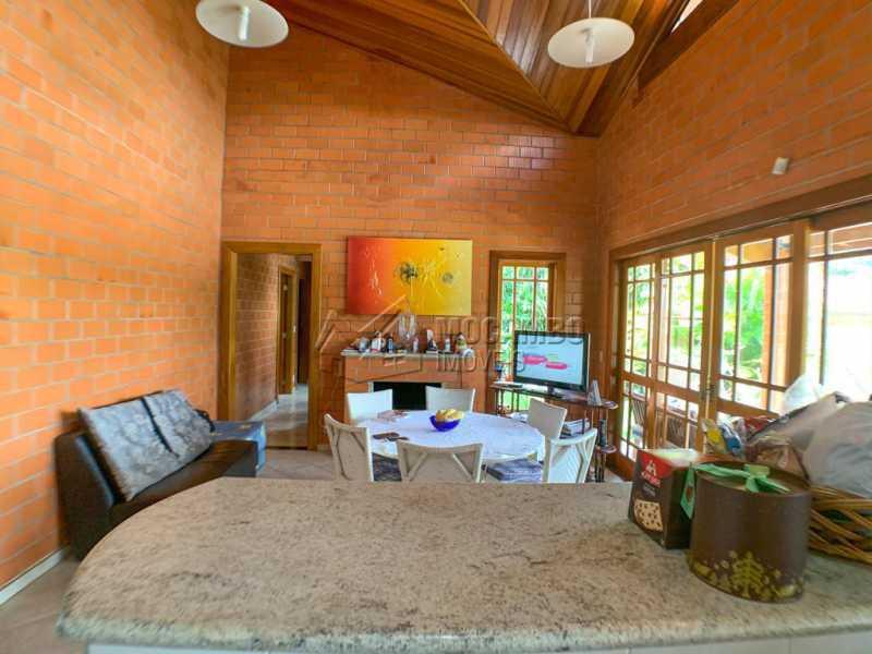 Sala - Casa em Condomínio 5 Quartos À Venda Itatiba,SP - R$ 798.000 - FCCN50038 - 7