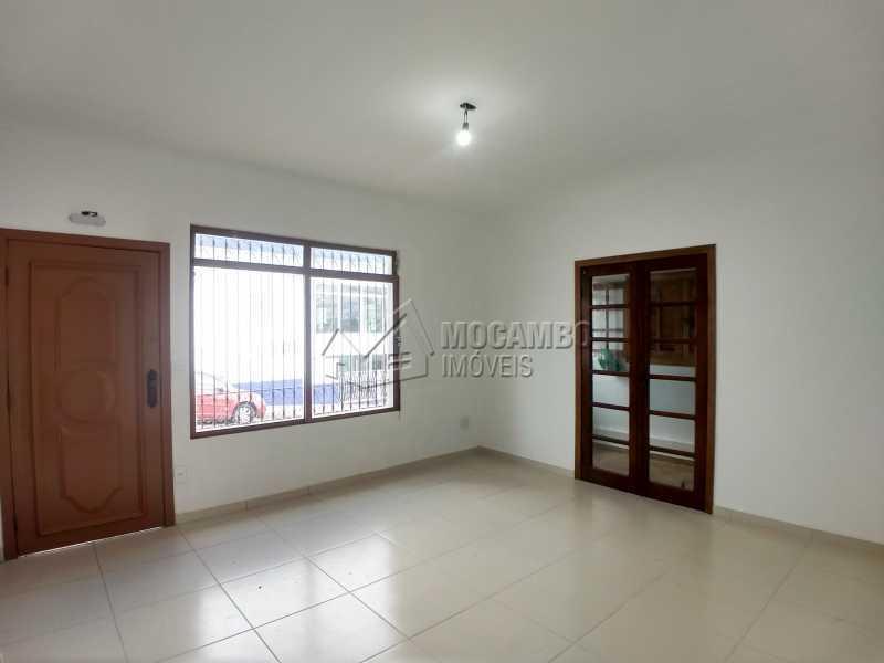 Sala - Casa Comercial 180m² Para Alugar Itatiba,SP - R$ 5.500 - FCCC00018 - 3