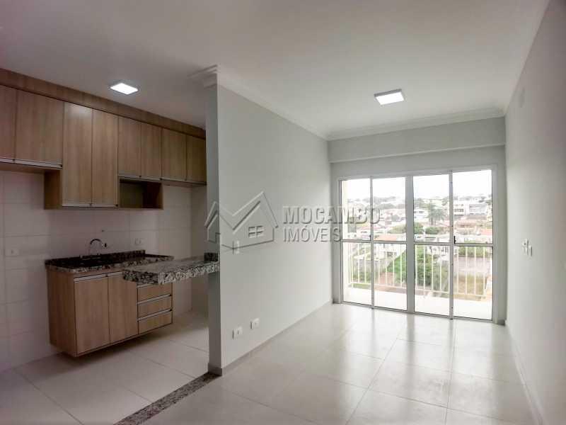 Sala/Cozinha - Apartamento Condomínio Finezzi Residence, Itatiba, Nova Itatiba, SP Para Alugar, 2 Quartos, 60m² - FCAP21078 - 3