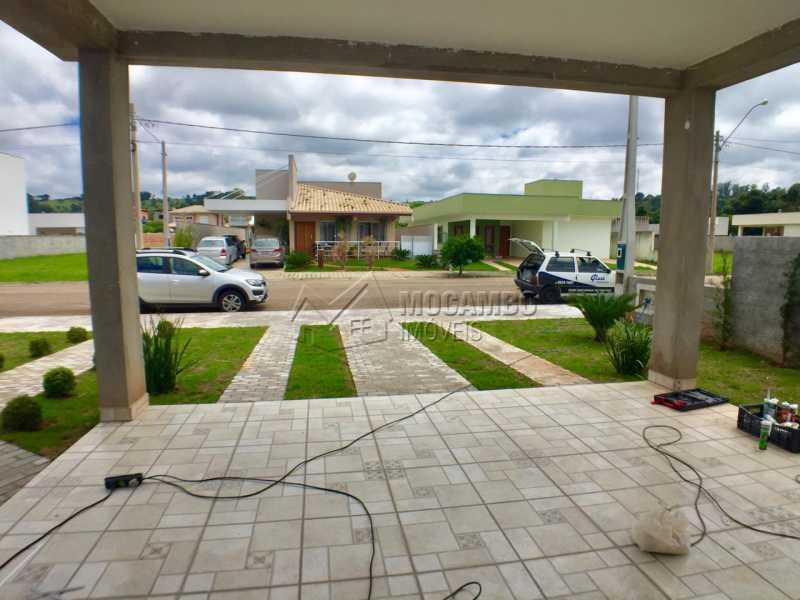 Garagem  - Casa em Condomínio 3 Quartos À Venda Itatiba,SP - R$ 498.000 - FCCN30453 - 8