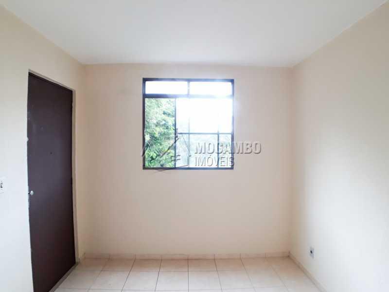 Sala - Apartamento Condomínio Edifício João Corradini, Itatiba, Núcleo Residencial João Corradini, SP Para Alugar, 2 Quartos, 50m² - FCAP21083 - 1