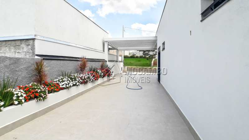 Corredor - Casa em Condomínio 3 quartos à venda Itatiba,SP - R$ 1.250.000 - FCCN30456 - 23