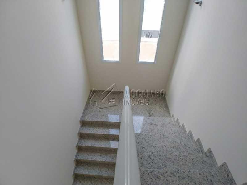 Acesso dormitórios - Casa em Condomínio 3 quartos à venda Itatiba,SP - R$ 850.000 - FCCN30457 - 13