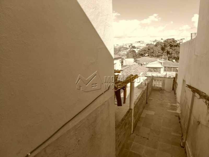 Acesso quintal - Casa Itatiba, Jardim América, SP À Venda, 2 Quartos, 186m² - FCCA21329 - 11