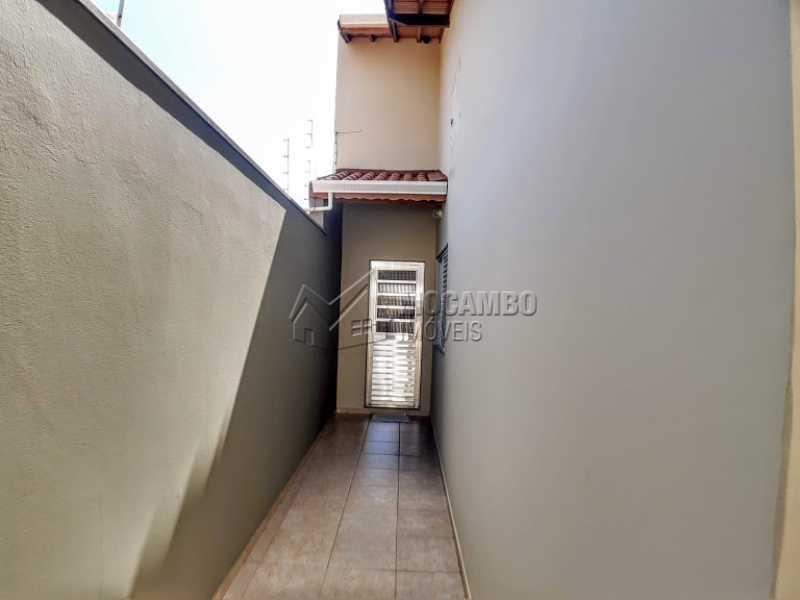 Lateral  - Casa 3 Quartos À Venda Itatiba,SP - R$ 520.000 - FCCA31348 - 7