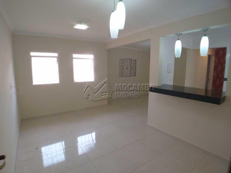 Sala - Apartamento 2 Quartos Para Alugar Itatiba,SP - R$ 750 - FCAP21095 - 1