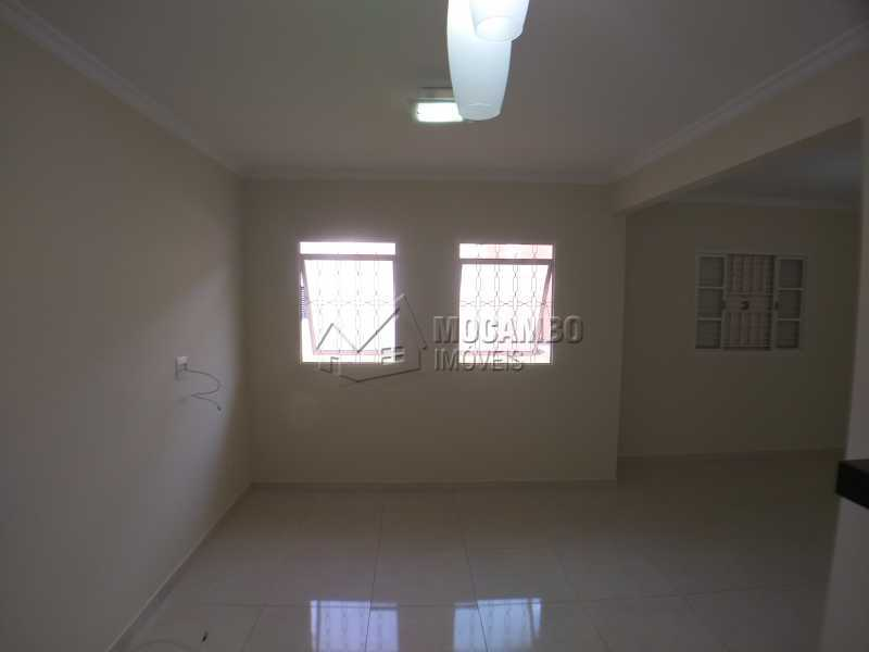 Sala - Apartamento 2 Quartos Para Alugar Itatiba,SP - R$ 750 - FCAP21095 - 6