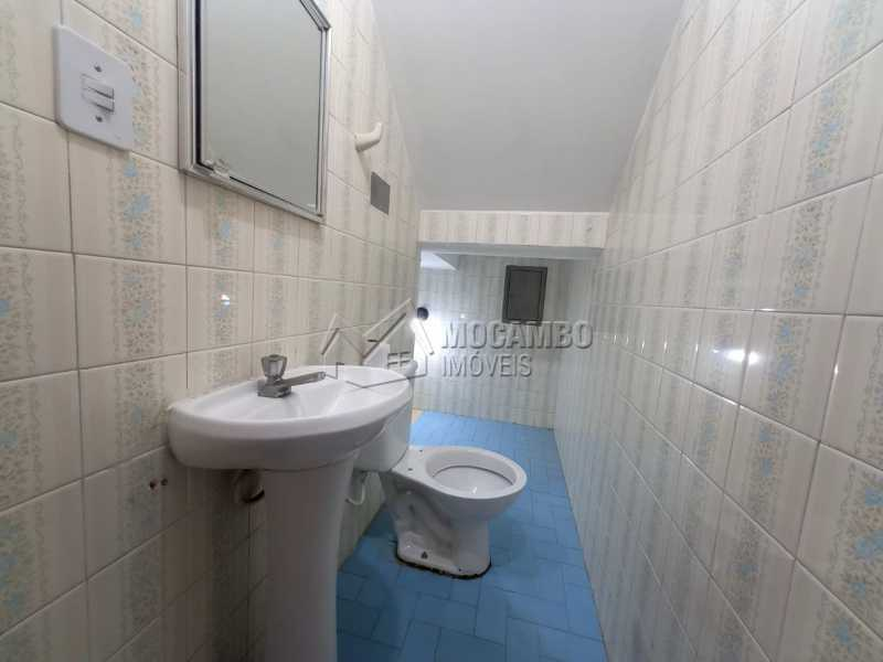 Lavabo - Casa Comercial para alugar Itatiba,SP Centro - R$ 2.500 - FCCC30017 - 4