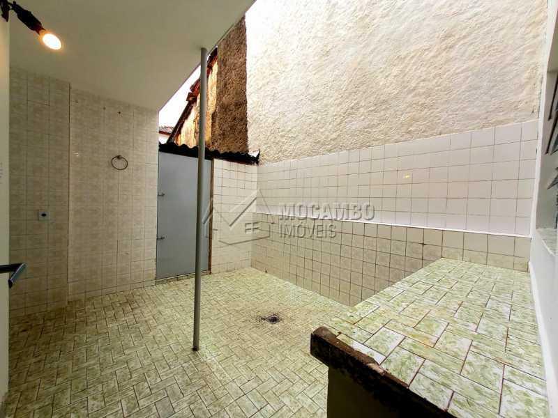 Quintal - Casa Comercial para alugar Itatiba,SP Centro - R$ 2.500 - FCCC30017 - 9