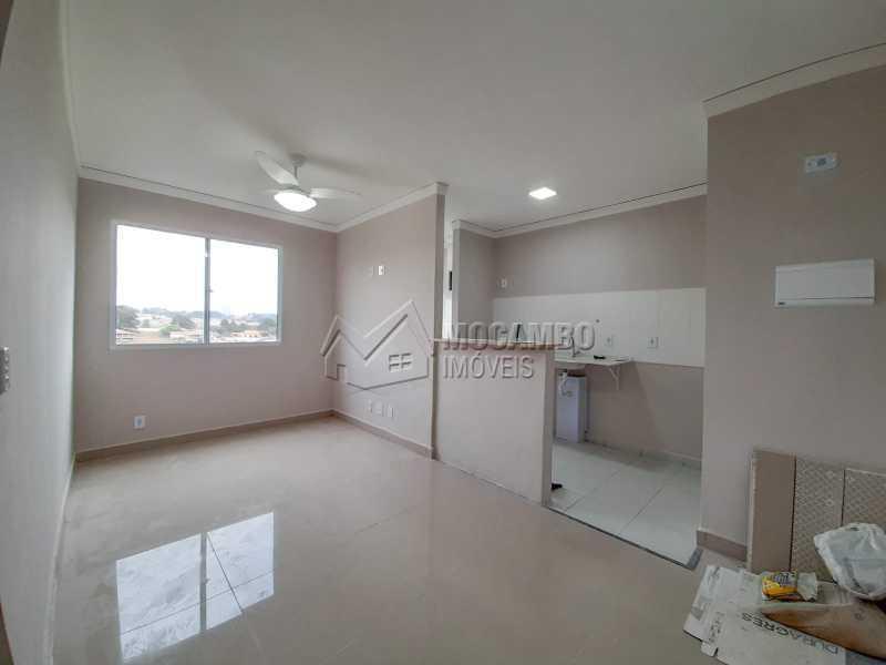 Sala - Apartamento 2 quartos à venda Itatiba,SP - R$ 175.000 - FCAP21111 - 1