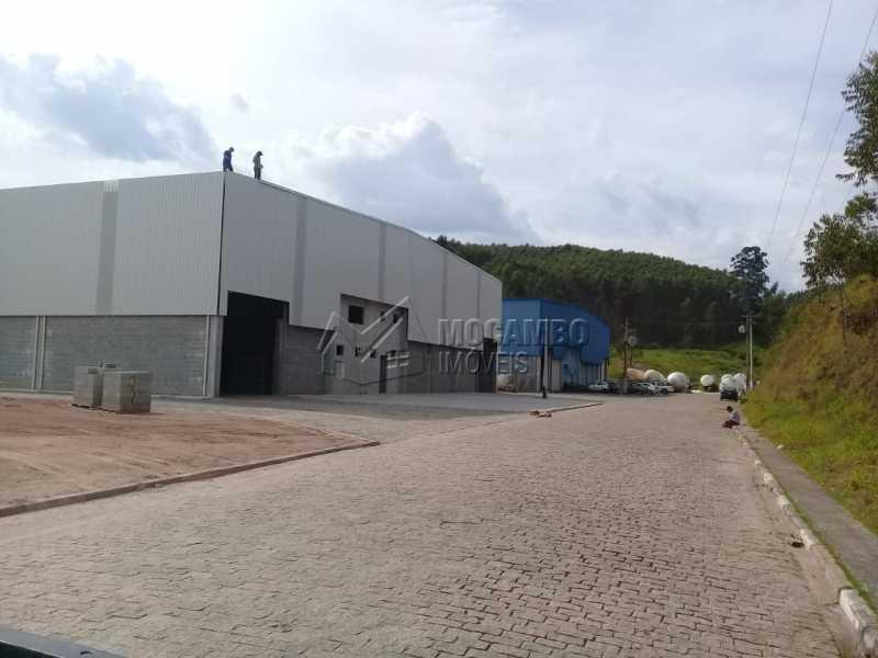 Área Externa - Galpão 2292m² para alugar Itatiba,SP - R$ 30.000 - FCGA00176 - 5