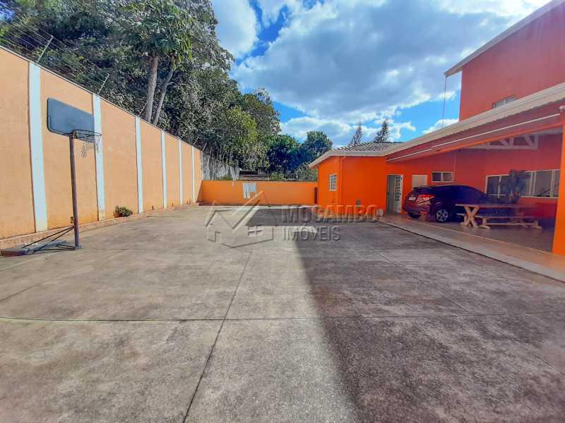 Quintal - Casa 4 quartos à venda Itatiba,SP - R$ 900.000 - FCCA40143 - 7