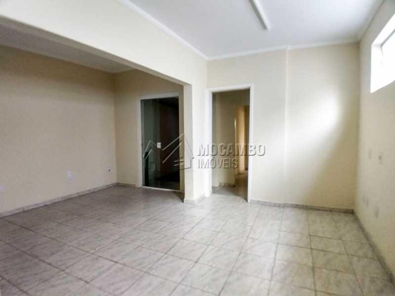 Área Interna - Ponto comercial para alugar Itatiba,SP Centro - R$ 3.200 - FCPC00067 - 8