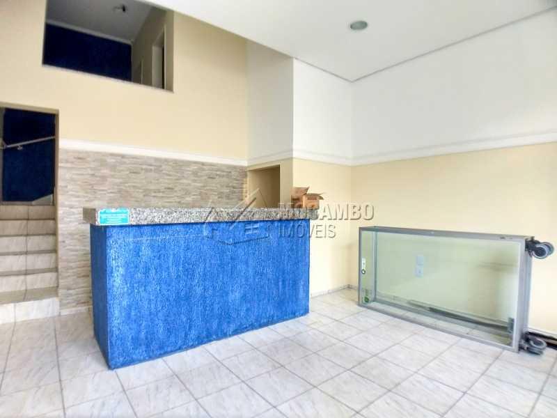Área Interna - Ponto comercial para alugar Itatiba,SP Centro - R$ 3.200 - FCPC00067 - 1