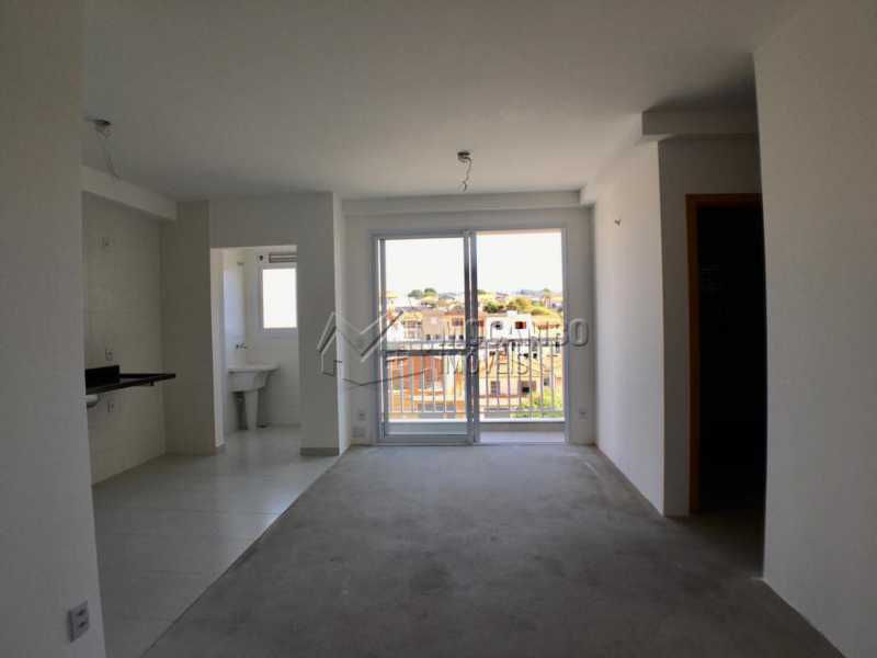 Sala - Apartamento 2 quartos à venda Itatiba,SP - R$ 270.000 - FCAP21135 - 4