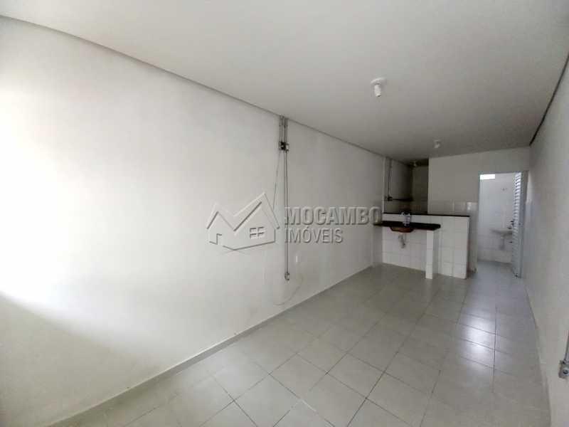 Quarto e Cozinha - Casa 1 quarto para alugar Itatiba,SP Centro - R$ 550 - FCCA10291 - 3