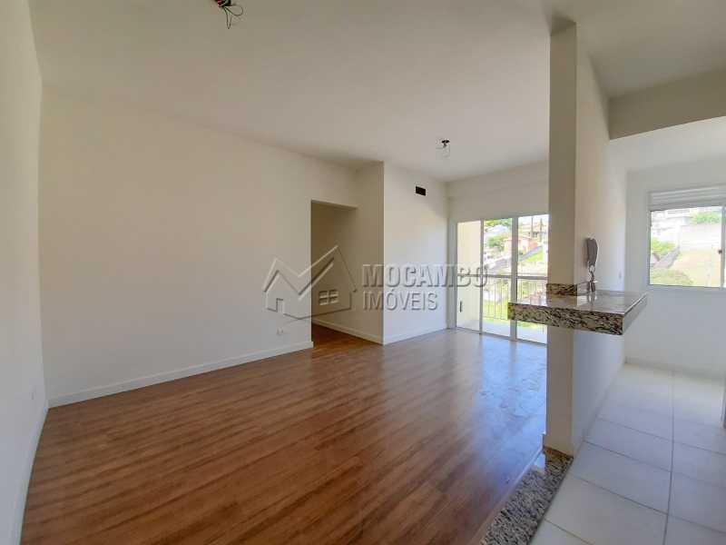 Sala - Apartamento 3 quartos à venda Itatiba,SP - R$ 350.000 - FCAP30582 - 3