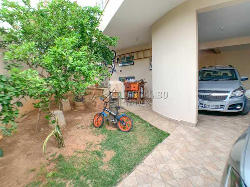 Quintal com Frutas - Casa 3 quartos à venda Itatiba,SP - R$ 584.900 - FCCA31395 - 5