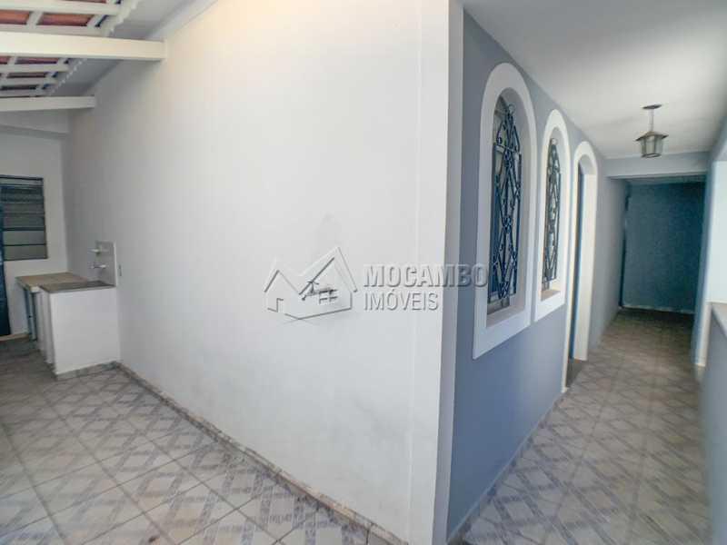 CORREDOR LATERAL - Casa 3 quartos à venda Itatiba,SP - R$ 380.000 - FCCA31397 - 16