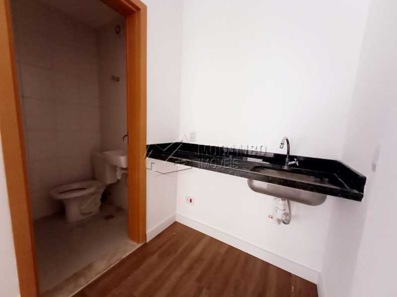 Cozinha e banheiro. - Sala Comercial 38m² para alugar Itatiba,SP - R$ 1.300 - FCSL00230 - 9