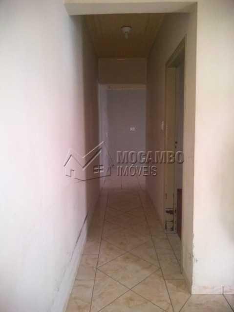 corredor - Casa 2 quartos à venda Itatiba,SP Centro - R$ 265.000 - FCCA21420 - 5