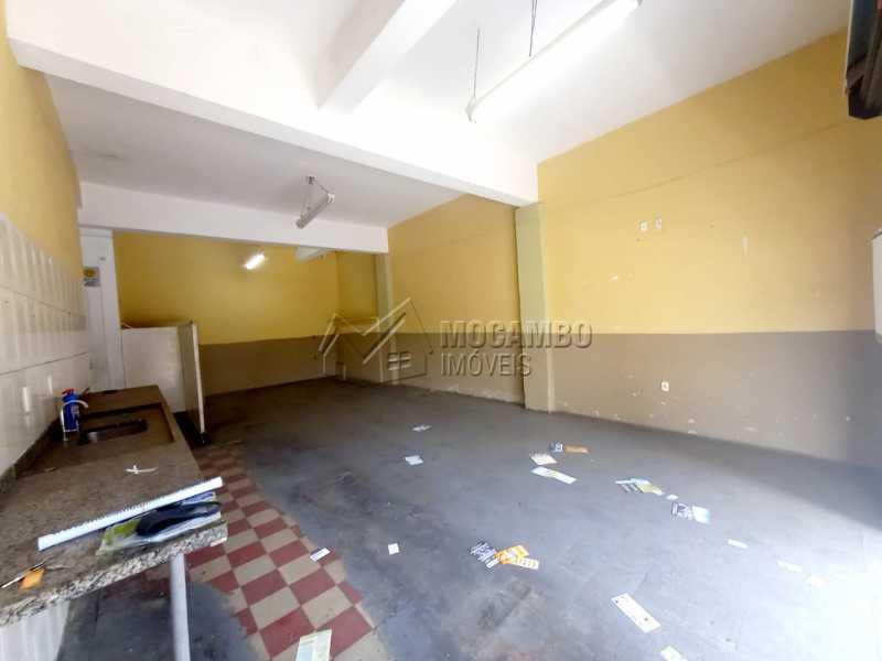 Salão - Casa Comercial para alugar Itatiba,SP Centro - R$ 2.200 - FCCC00020 - 3