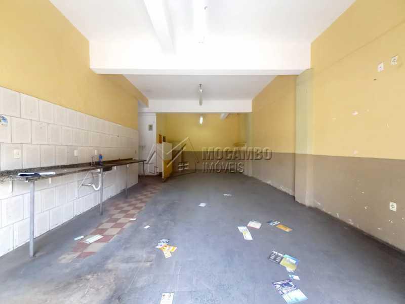 Salão - Casa Comercial para alugar Itatiba,SP Centro - R$ 2.200 - FCCC00020 - 4