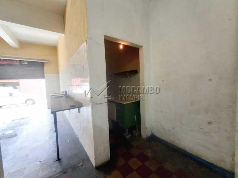 Salão - Casa Comercial para alugar Itatiba,SP Centro - R$ 2.200 - FCCC00020 - 8