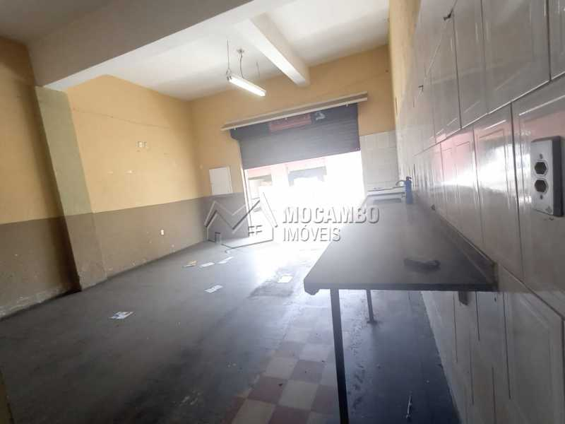 Salão - Casa Comercial para alugar Itatiba,SP Centro - R$ 2.200 - FCCC00020 - 10