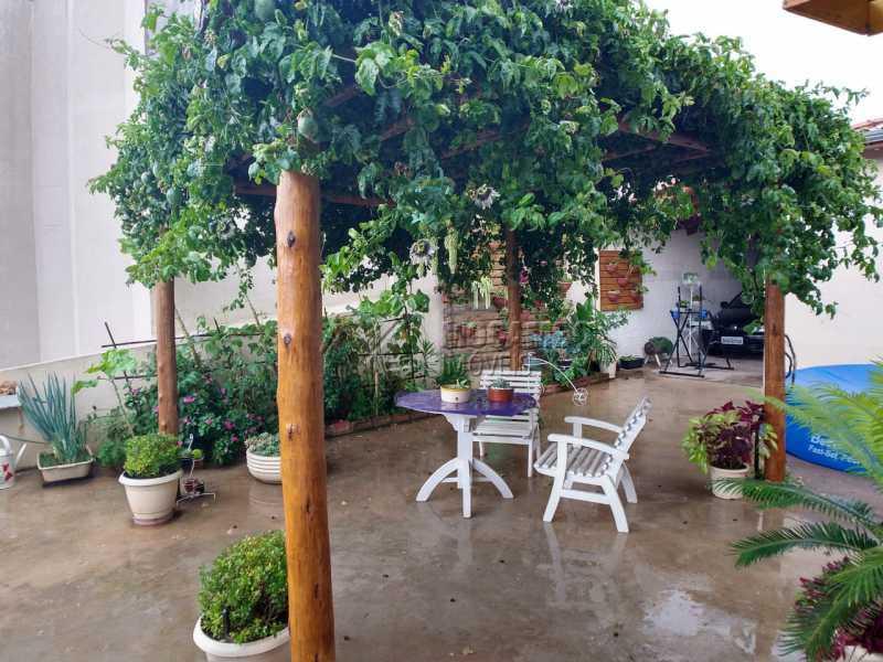 Quintal - Casa 2 quartos à venda Itatiba,SP - R$ 375.000 - FCCA21428 - 16